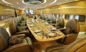 Speisen mit Stil im A 380 von Scheich Al-Walid