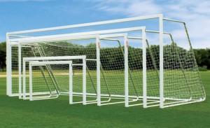 Verschiedene Fußballtore fürs Training