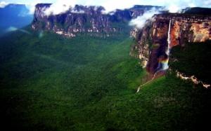 Der Salto Angel mitten im Urwald Venezuelas